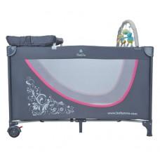 Кроватка туристическая с комплектом принадлежностей, серо-розовая